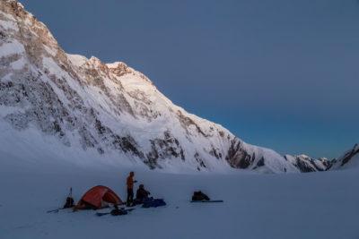 Лагерь на леднике Звездочка