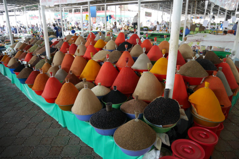 Зеленый базар в Душанбе