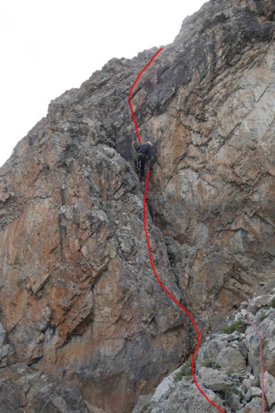 2-я и 3-я веревки дюльфера с пер. Седло Сарышаха. Спуск замыкающего