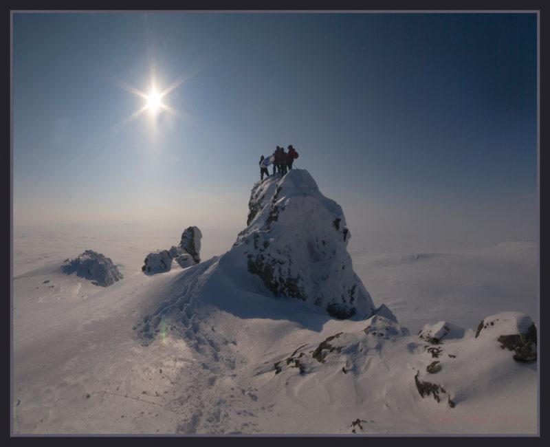 На вершине Малый Манясей
