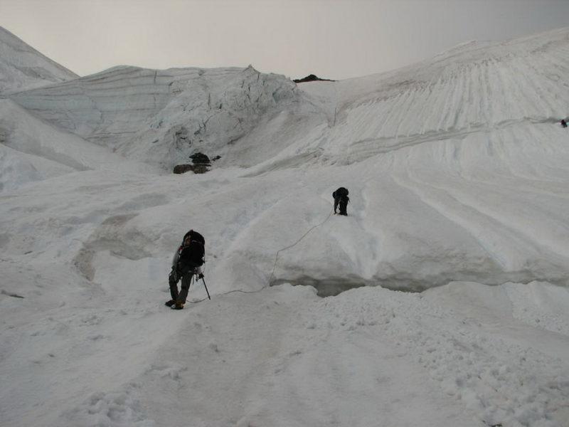 Нижний участок подъема на пер. Седло Кавказа