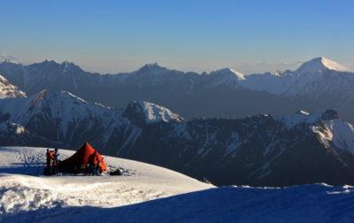 Лагерь на перевале Харченко