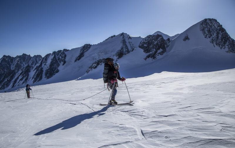 В связках по Софийскому леднику