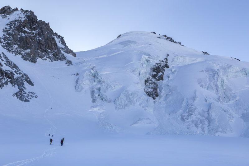 Перевал Девяти с Талдуринского ледника