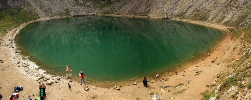Озеро в Доломитах
