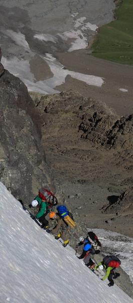 Спуск с перевала Шагазы