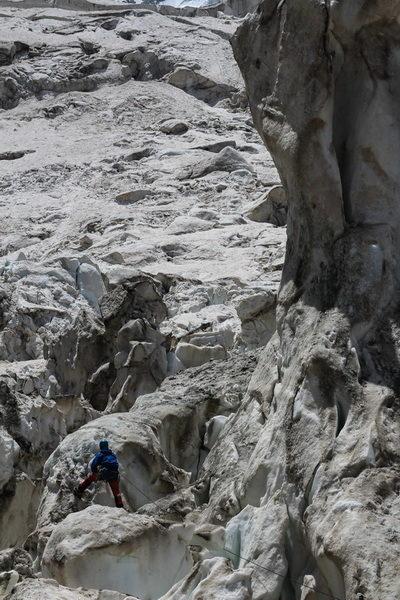 В памирском ледопаде