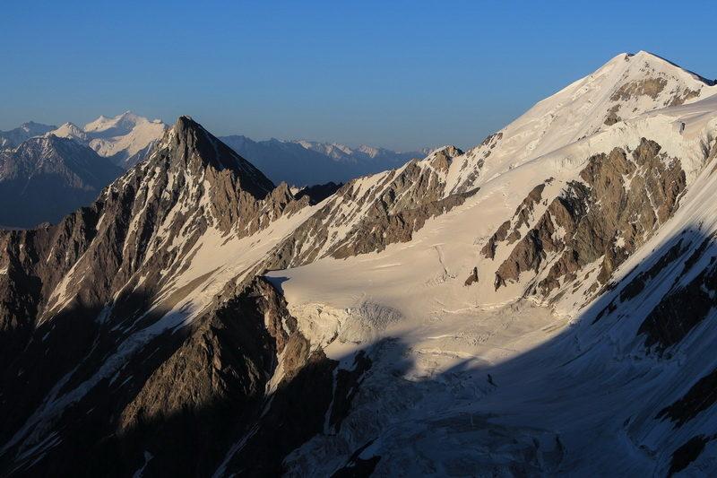 Перевал Шагазы и пик Руслан
