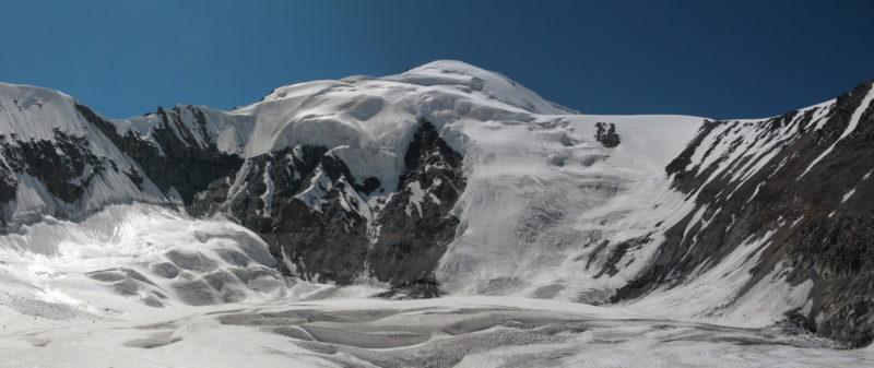 Седловины перевала Шапак и пик Бырс
