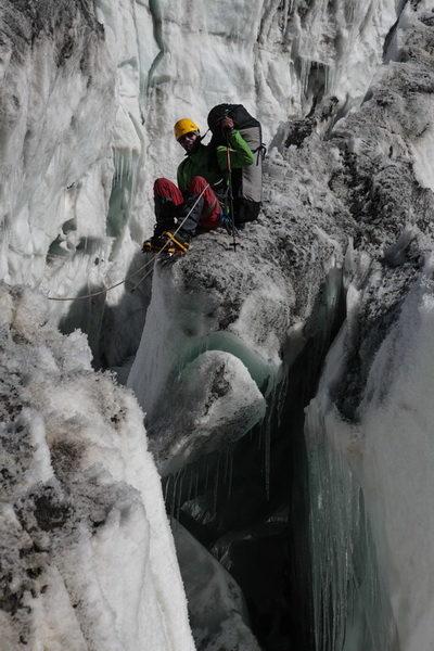 В ледопаде ледника Шапак