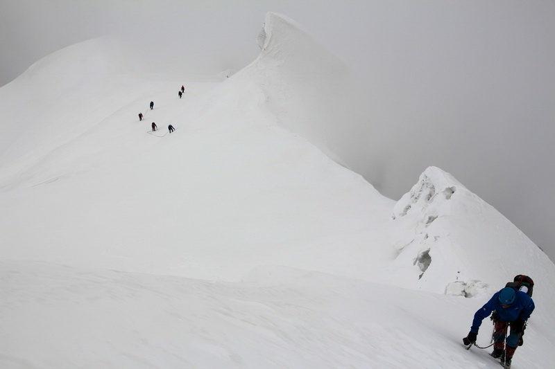 Предвершинный гребень Тиндаля