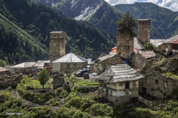 Развалины в Адиши