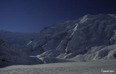 вершина Джангитау зимой