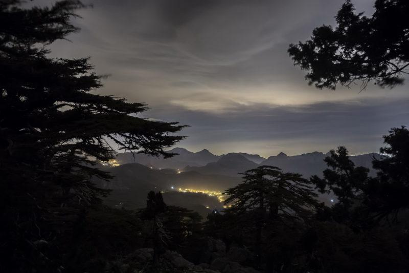 Ночной вид из под Тахталы